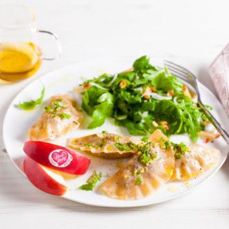 Ravioles de pommes Pink Lady® au canard confit & roquette croquante
