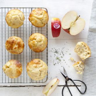 Muffins aux pommes Pink Lady, chèvre et herbes de Provence